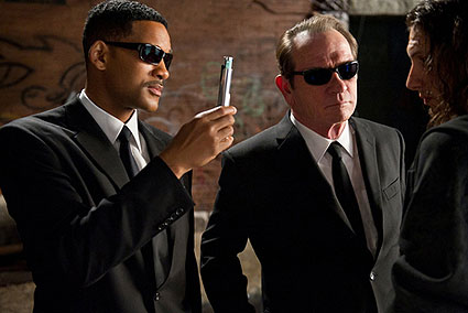 ''Men in black III